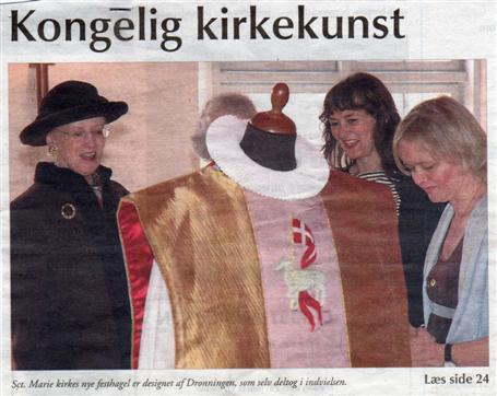 Dronning Margrethe, stoftrykker Margrethe Odgaard og Lizzi Damgaard